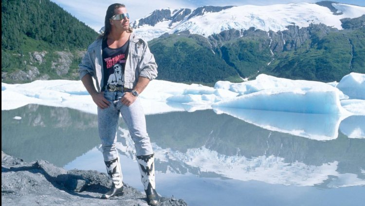 Bret Hart to be inducted to Canada's walk of fame!